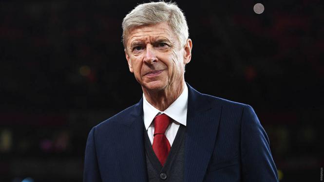 Арсен Венгер покинув Арсенал