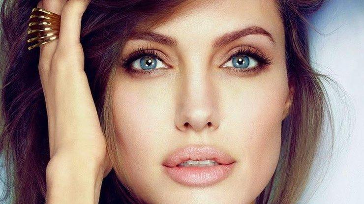 Анджелина Джоли показала двойника из России (фото)