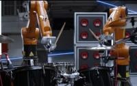 Automatica - оркестр промышленных роботов, играющих на ударных, гитаре, фортепьяно и других инструментах (ВИДЕО)