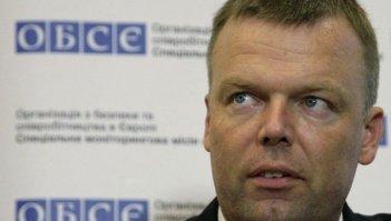 Замглавы миссии ОБСЕ Хуг в пятницу совершит поездку на юг Донецкой области