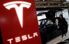 Екс-працівник Tesla звинуватив компанію в обмані інвесторів