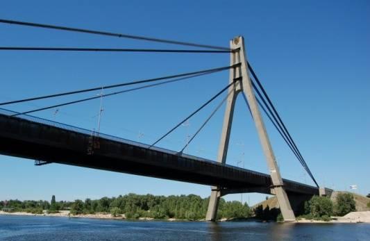 Рух Південним мостом буде частково обмежено у ніч на 26 лютого – КМДА