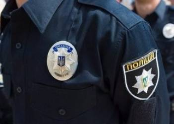 Police holding woman who went topless at ceremony in Poroshenkos, Lukashenkos presence for preventative conversation