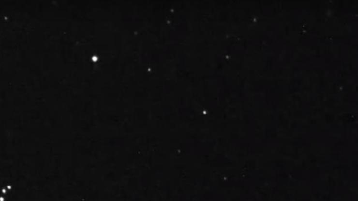 Над Землей пролетел опасный астероид: захватывающее видео
