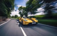 Ford GT — неперевершений спорткар, оснащений десятками сенсорів і мікропроцесорів, а також... двома підсклянниками