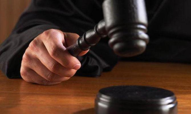 Суд оставил под арестом директора одесского лагеря «Виктория», где при пожаре погибли дети
