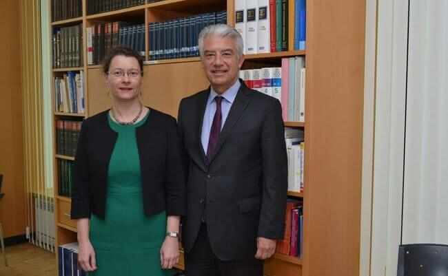 Німеччина вважає за необхідне надання РФ гарантій щодо транзиту газу територією України після зведення Nord Stream-2