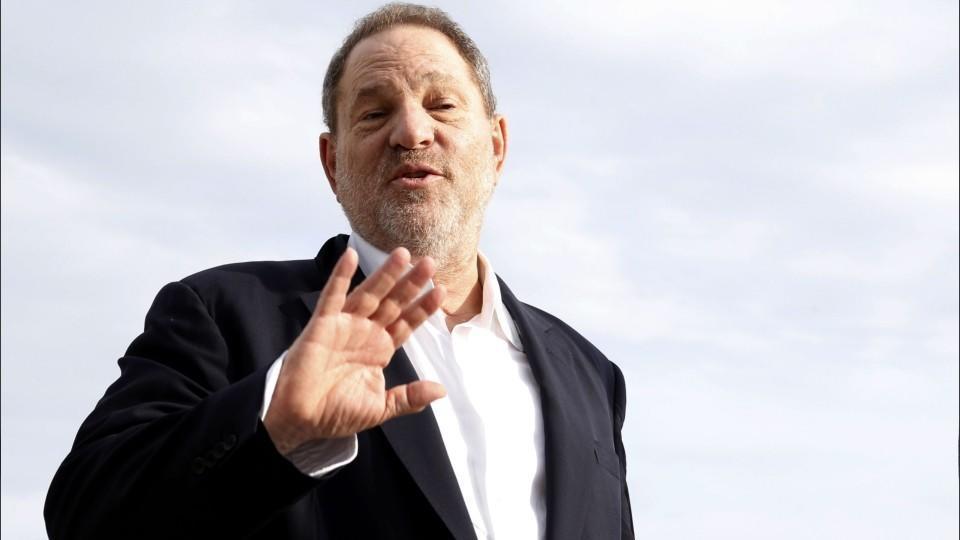 В Голливуде разработали инструкцию по борьбе с сексуальными домогательствами. Что в ней написано?