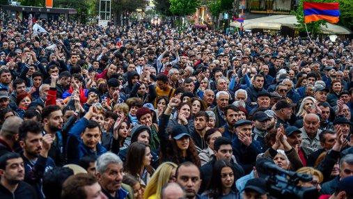 Протесты в Ереване вспыхнули с новой силой: задержаны более 200 человек, около 100 травмированы