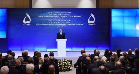 Мировые лидеры едут в Баку