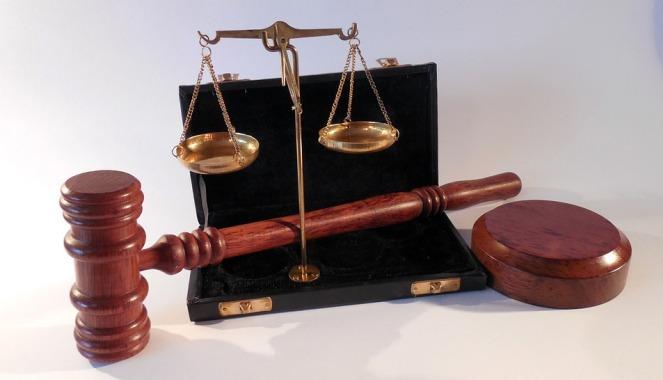 В Україні до 6 років в'язниці засудили француза за тероризм і контрабанду зброї