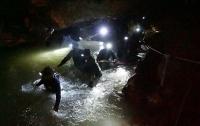 В Голливуде снимут фильм о спасении футбольной команды из пещеры в Таиланде