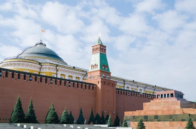 МЗС Польщі підтримує «двовекторний» підхід до Росії