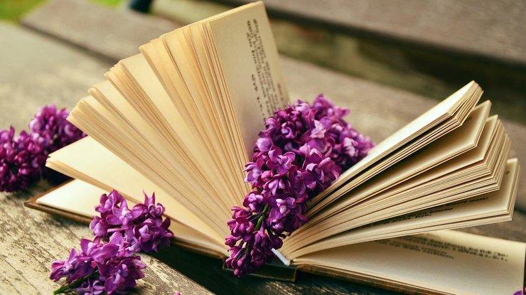 Лучшие книги из кино и сериалов: что почитать на выходных