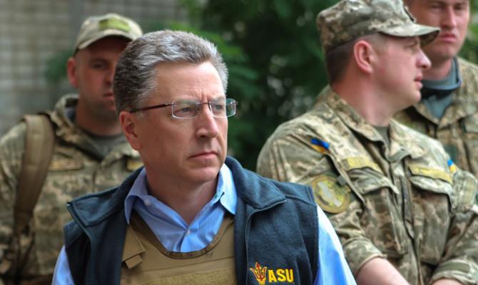 Волкер приедет в Киев и на Донбасс перед переговорами с Сурковым