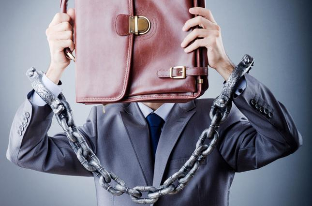 С начала года в коррупционеров конфисковали 61 тыс. гривен