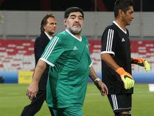 Сейчас Марадона работает главным тренером во втором дивизионе чемпионата ОАЭ