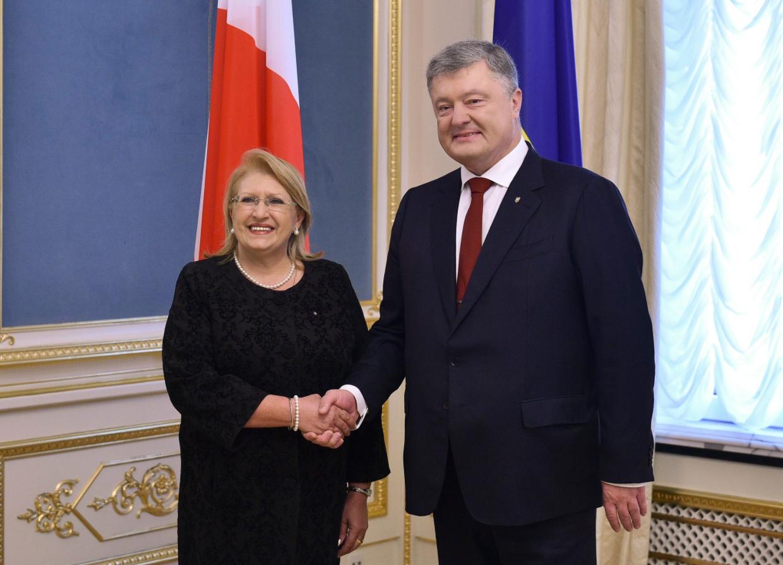 Порошенко призвал Мальту к более активному участию в миссии ОБСЕ на Донбассе