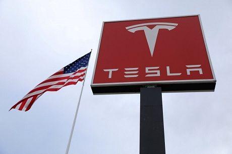 Американские эксперты раскритиковали тормоза Tesla Model 3