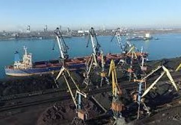 В Україну прибуло друге судно з 60 тис. тонн антрациту із США для Центренерго