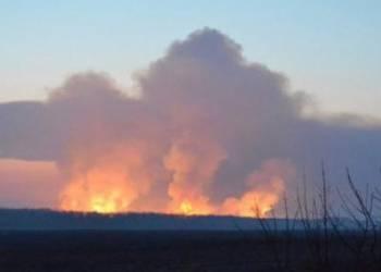 В Одессе при пожаре на железнодорожной станции найдено тело мужчины и эвакуировано более 70 единиц оружия