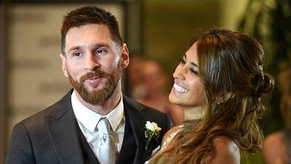 Супруга звездного футболиста Месси ожидает третьего ребенка