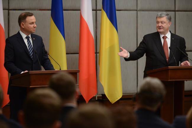 Дуда і Порошенко обговорили питання енергетичної безпеки обох країн