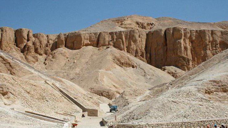 В Египте обнаружили возможную гробницу жены Тутанхамона