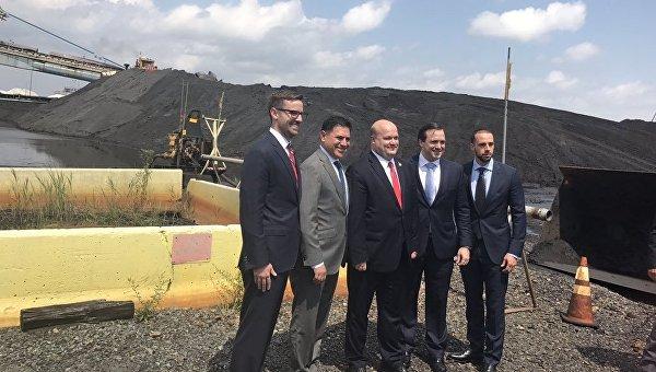США отправили в Украину первую партию антрацитового угля