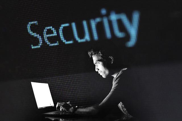 У Польщі затримали українця у зв'язку з кіберзлочинністю