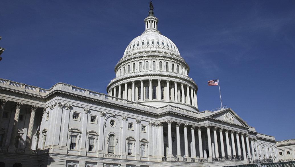 Палата представителей вслед за сенатом США приняла временный бюджет