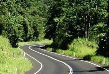 Гройсман констатирует улучшение качества ремонта дорог