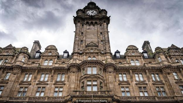 Why Edinburgh's clock is never on time