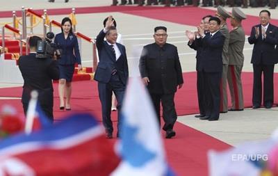 Лидеры КНДР и Южной Кореи встретились в Пхеньяне
