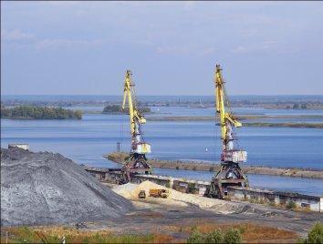ТЕС і ТЕЦ України за 8 міс. зменшили споживання вугілля на чверть