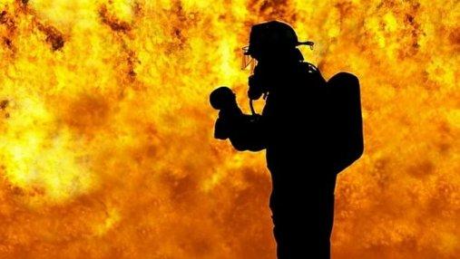 18 человек погибло во время пожара в караоке-баре в Китае: полиция подозревает поджог