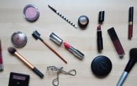 Опасная красота: какая косметика может навредить здоровью