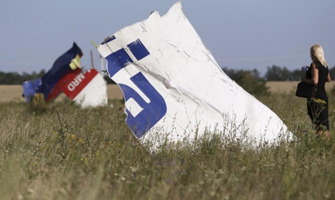 В Украине вступил в силу закон о продлении мандата миссии расследования катастрофы МН17