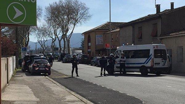 Захвативший заложников во Франции заявил о приверженности ИГ
