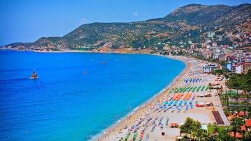 Число украинских туристов в Турции выросло на четверть