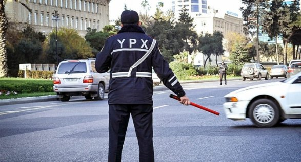 Представитель ГАИ обвинил в пробках самих водителей