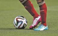 Арбитр удалил девять футболистов и завершил матч досрочно