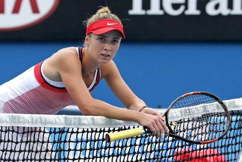 Теннис: Свитолина снялась с турнира в Гонконге из-за травмы