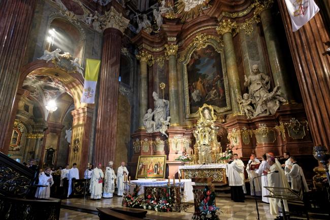 У Познані проходить зустріч голів єпископатів Європи