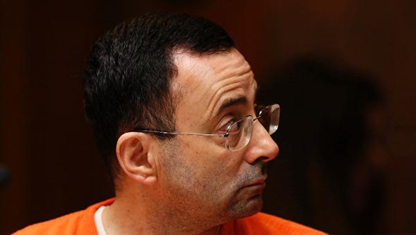 Экс-врач сборной США по гимнастике признал вину в домогательствах