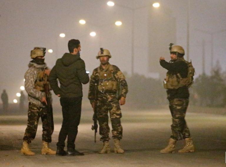 Власти Афганистана назвали число погибших при нападении на отель в Кабуле