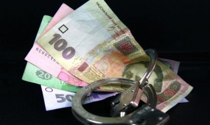 Заммэра Луцка и еще двух чиновников задержали на взятке