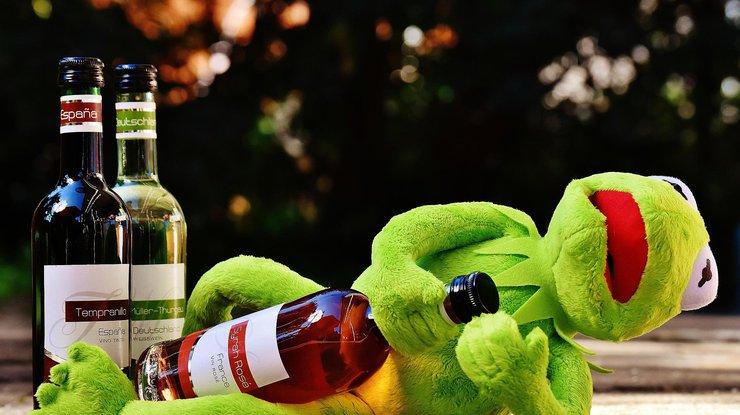 Сколько можно пить: названа суточная норма алкоголя