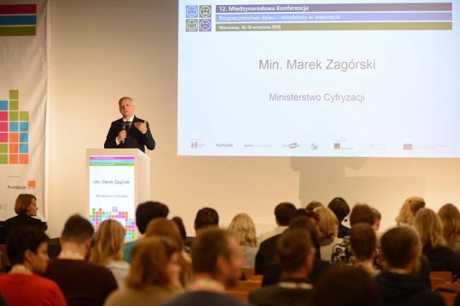 Варшава – конференція «Безпека дітей і молоді в Інтернеті»