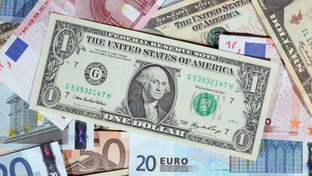 Готівковий курс валют 17 серпня: євро та долар полетіли вгору